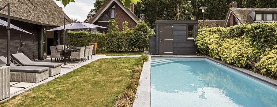 Mooi Schoorl 17 Swimming pool